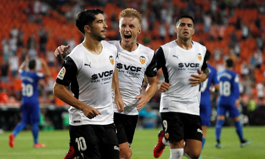 Football: Ten-man Valencia overcome third-minute red card to beat Getafe in season opener