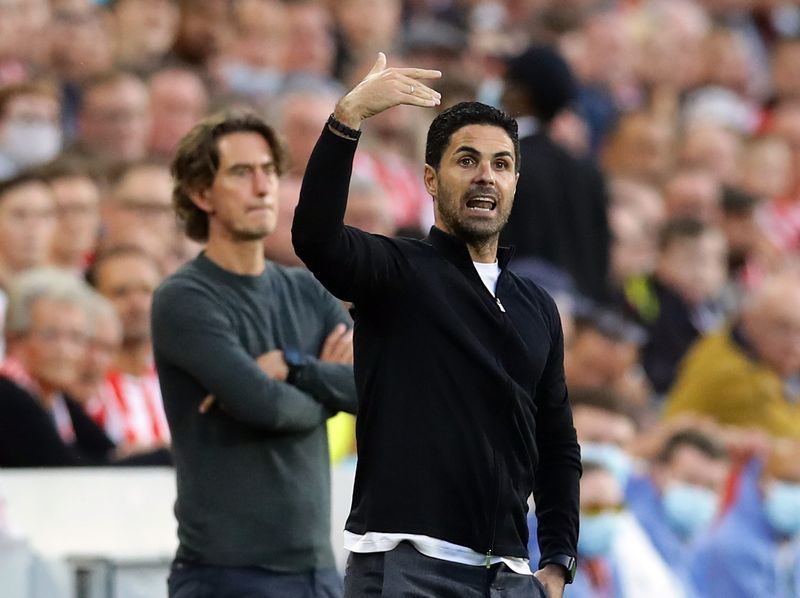 Soccer-Arsenal not rethinking transfer plans, keen on improving current squad: Arteta