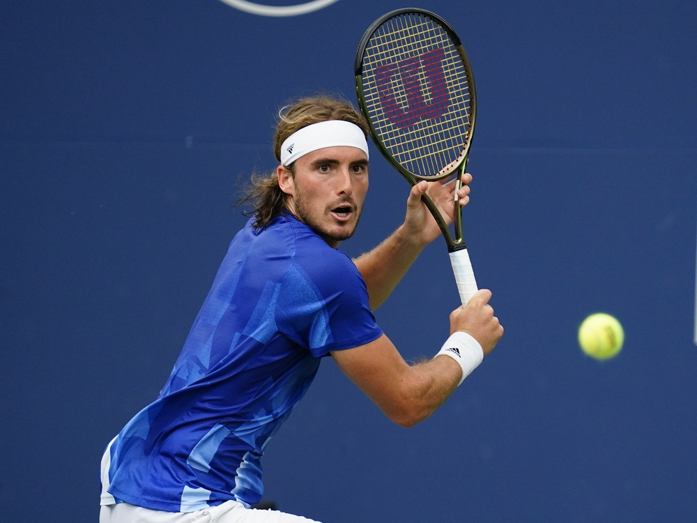 Tsitsipas making noise in Toronto with Big Three absent