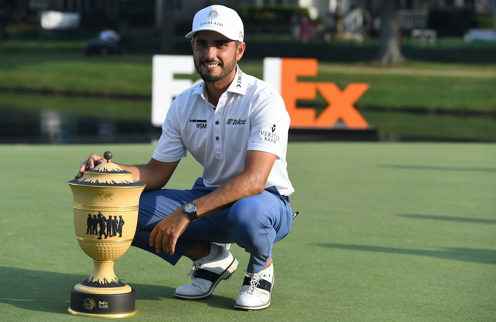 August 2021 player blog : Mexico's first world golf champion pays tribute to late father