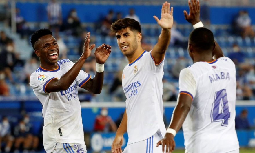 Football: Benzema double helps Real to winning start at Alaves