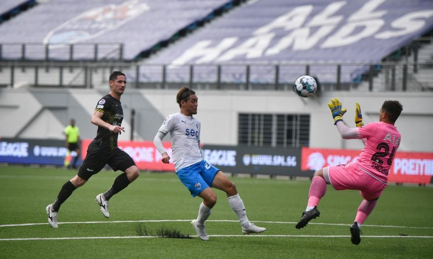 Football: Sailors beat Tampines to keep S'pore Premier League title hopes alive