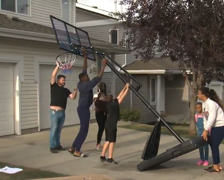 Teen Who Thought Neighbours Hated Him Dribbling Basketball Gets Incredible Surprise