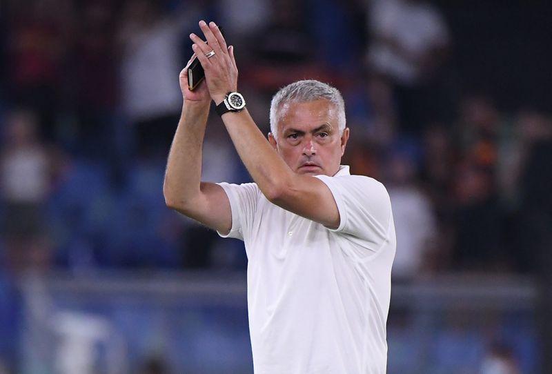 Soccer-Mourinho makes light of new Serie A record