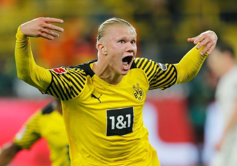 Soccer - Haaland scores late winner as Dortmund down Hoffenheim