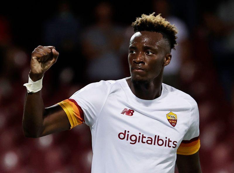 Soccer-Abraham off the mark as Roma win 4-0 at Salernitana