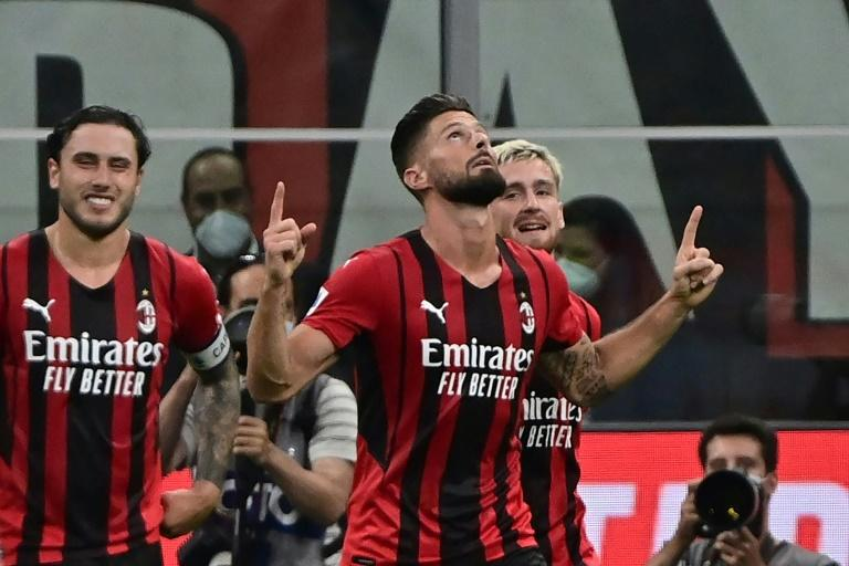 Giroud, Abraham open Serie A accounts as Milan and Roma cruise