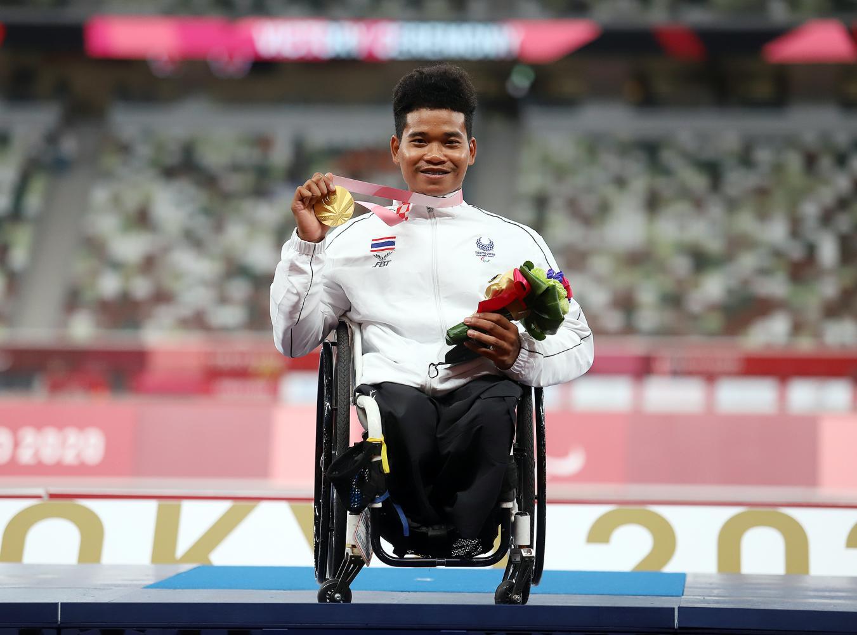 Pongsakorn wins first gold for Thais