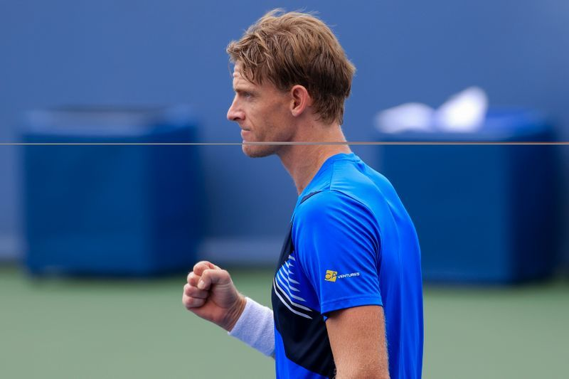 Tennis - Anderson belts down 49 aces in first-round win