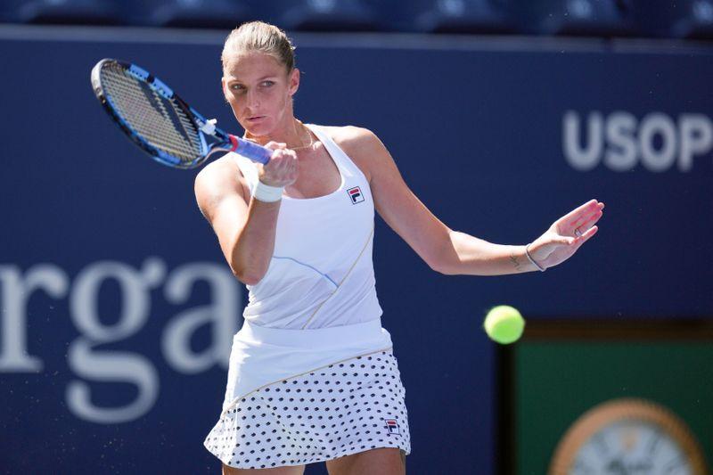 Tennis-Pliskova rolls into U.S. Open second round in bid for maiden major