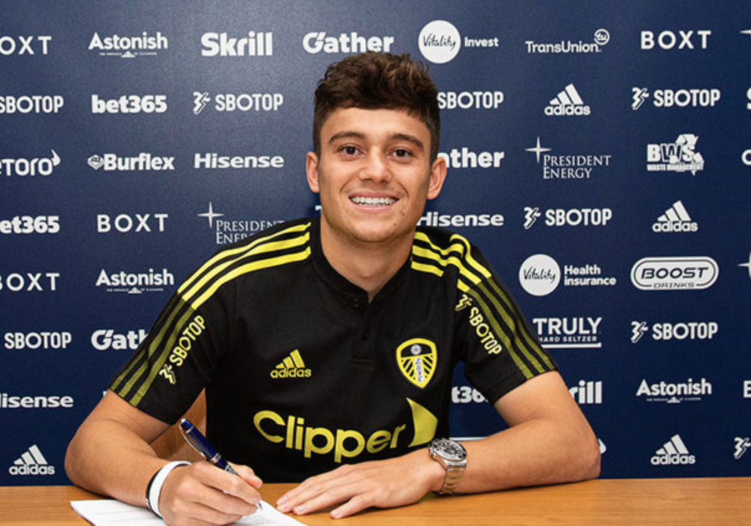 Daniel James completes £25m transfer move from Manchester United to Leeds