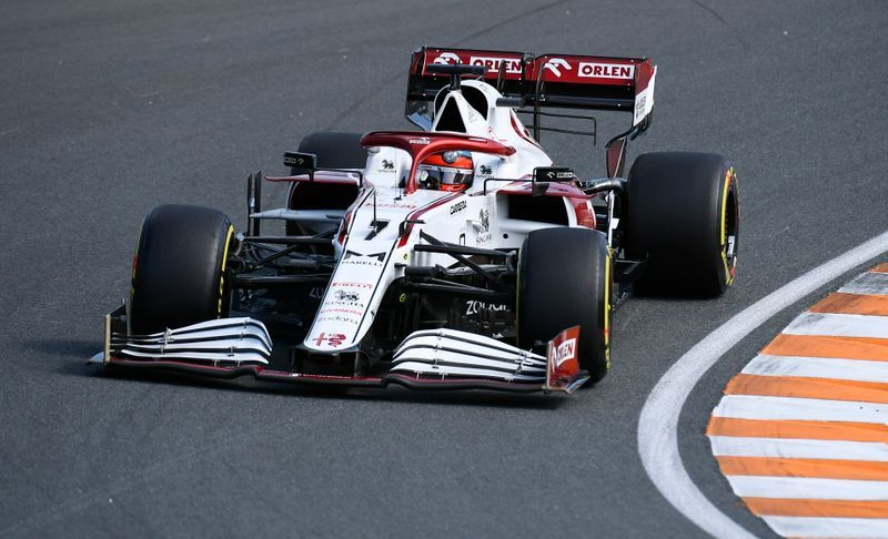 Motor racing-Raikkonen positive for COVID-19, Kubica to stand in