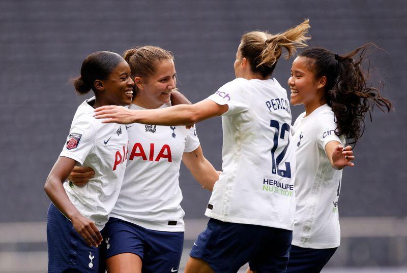 Soccer-Tottenham scrape past Birmingham in WSL opener, Man City rout Everton