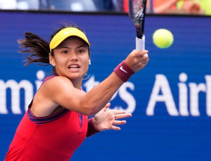 Tennis-Britain's star Raducanu takes confident step into the spotlight