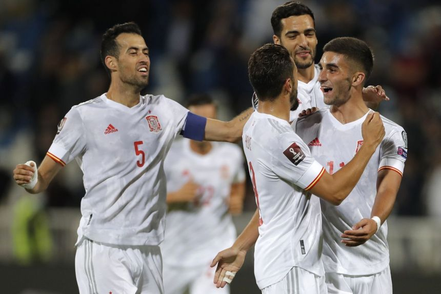 Football: Fornals, Torres goals give Spain victory over Kosovo in World Cup qualifier