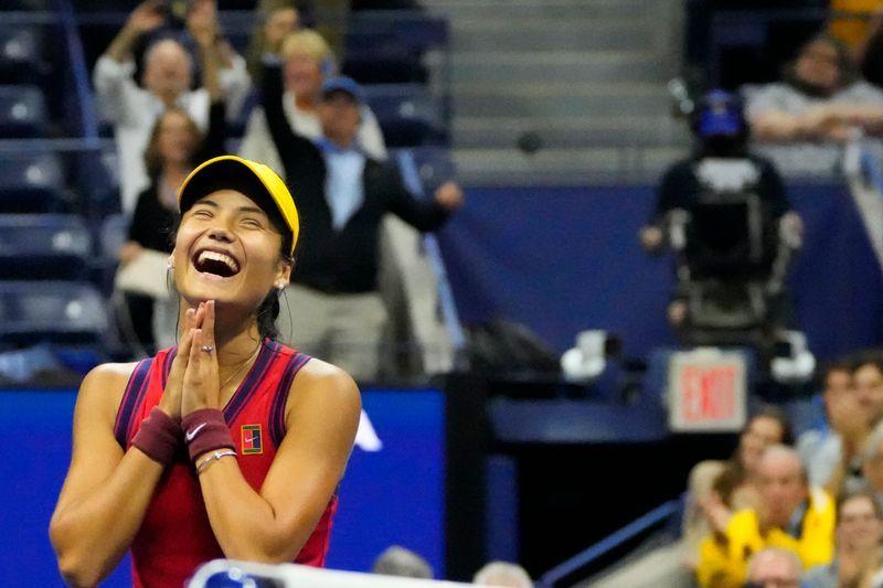 Tennis-Raducanu stuns Sakkari, first qualifier to reach US Open final