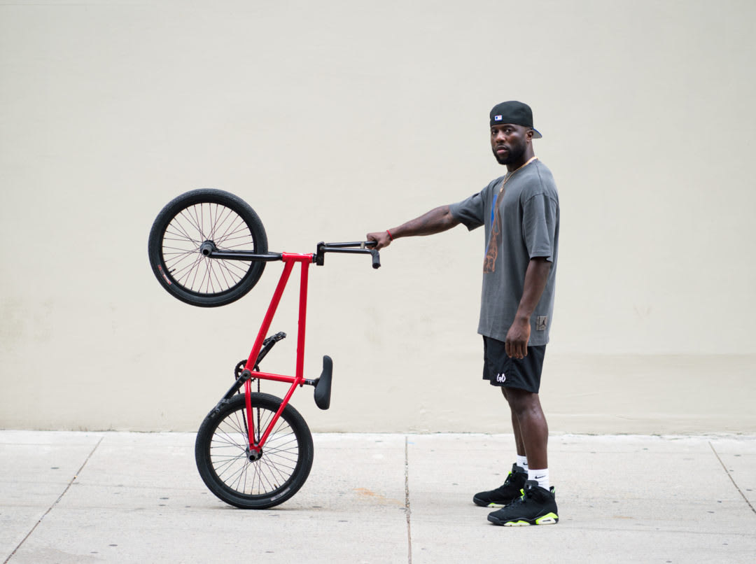Nigel Sylvester Officially Signs With Jordan Brand