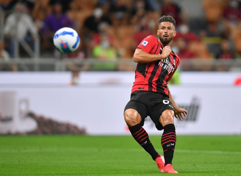 Soccer - Milan's Giroud recovers from COVID-19 in time for key games