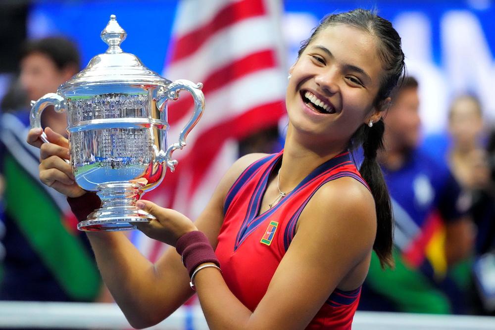 Queen leads explosion of British joy at Raducanu's stunning Slam win