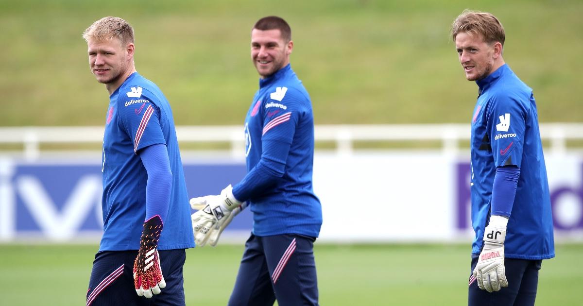 England keeper makes decision on future as Tottenham circle